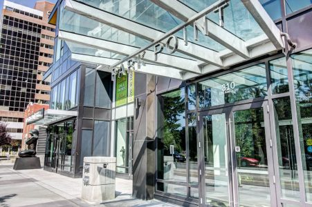 Entrance-Park-Point-Calgary-Beltline-Condo-310-12-Avenue-SW-Luxury-Plintz-Real-Estate