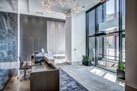 Lobby-Atrium-Park-Point-Calgary-Beltline-Condo-310-12-Avenue-SW-Luxury-Plintz-Real-Estate