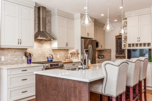 pendant-lighting-kitchen-modern-white-cabinets-3514-42-Street-SW-Glenbrook-Calgary-Home-Real-Estate-for-sale-infill-attached-Plintz