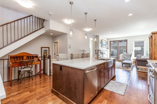 kitchen-island-farm-sink-3514-42-Street-SW-Glenbrook-Calgary-Home-Real-Estate-for-sale-infill-attached-Plintz