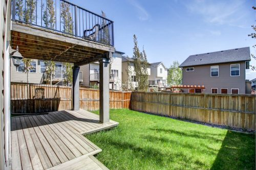 backyard-balcony-suburbs-218-Kincora-Glen-Rise-NW-Calgary-Real-Estate-For-Sale-Plintz-Realtor-Realty-Walkout