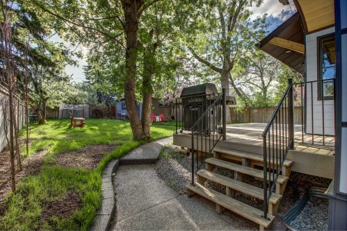 deck-patio-landscaping-3119-Kilkenny-Drive-SW-Killarney-Calgary-Real-Estate-Homes-For-Sale-Plintz-Realtor-Dennis