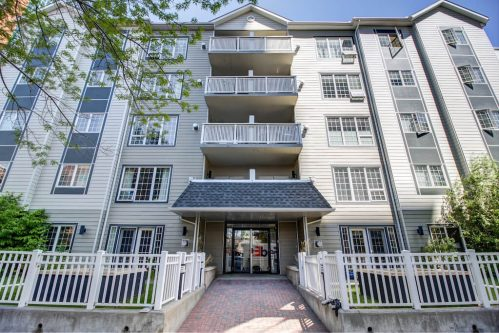 Entrance-503-820-15-Avenue-SW-Calgary-Condo-Newbury-Beltline-Mount-Royal-Penthouse-For-Sale-Plintz-Real-Estate