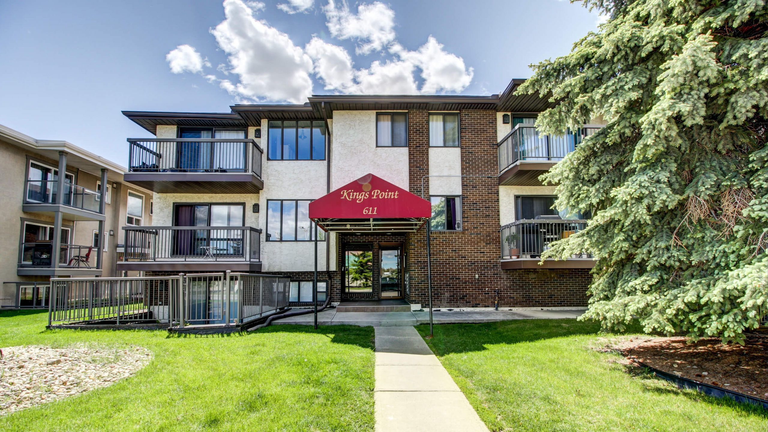 2 Bedroom Condo Kingsland Calgary For Sale by Plintz Real Estate
