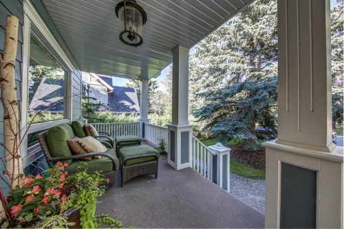 Front veranda in Mount Royal