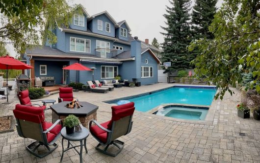 Backyard-pool-4615-Coronation-Drive-SW-Britannia-Calgary-Luxury-Home-For-Sale-Plintz-Real-Estate-