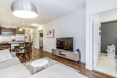 One bedroom plus den condo for sale by Plintz Real Estate in Calgary Alberta