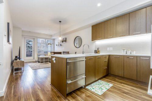 One bedroom condo for sale in Mission Calgary by Realtor Dennis Plintz