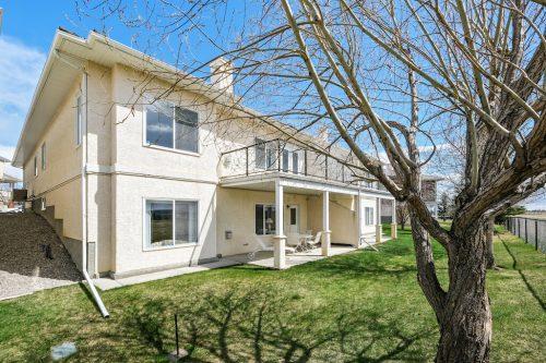 Walkout bungalow villa at 140 Sierra Morena Landing SW Calgary