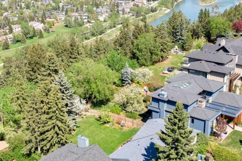 Luxury home backing onto the ridge escarpment in Wildwood Calgary SW for Sale by Plintz Real Estate