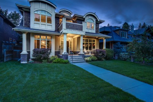 Luxury Elbow Park Home for Sale